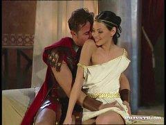 หนังxฝรั่งแนวย้อนยุคสไตล์โรมัน ทหารสวิงกิ้งกับสาวใช้ ลีลาการโม๊คที่เด็ดจริงจับกดหัวอมควยเน้นๆ ก่อนจะจับหีมาลงลิ้นเอากันน้ำแตกเต็มจอ